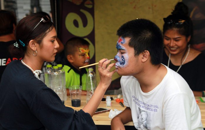 Face painting was free and all concerned had a chance to win great prizes.