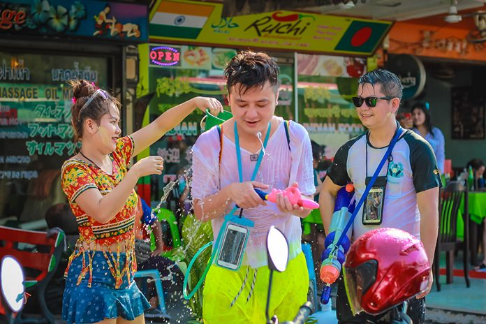 Almost all shops whose management dares to stay open take part in the modern Songkran festivities.