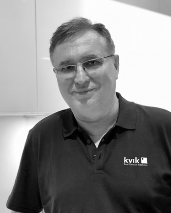 The Kvik Pattaya store is owned and operated by Jacek Paruch.