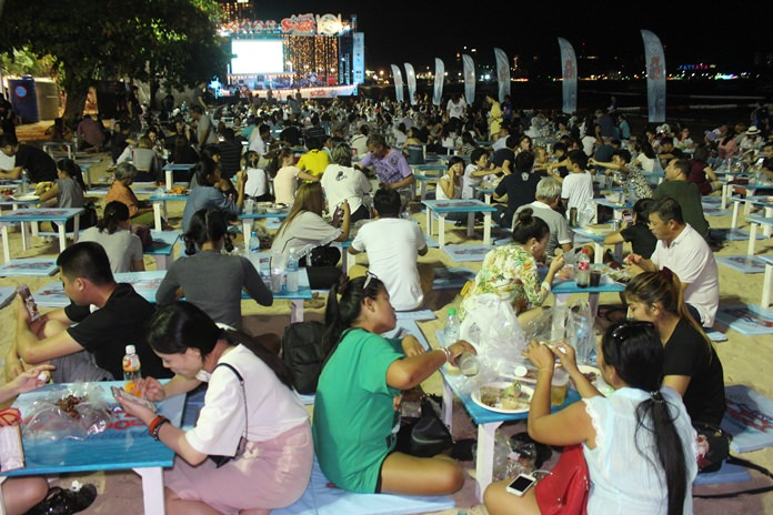 It will be all-you-can-eat seafood on Beach Road May 4-8 as the Amazing Seafood Festival expands in Pattaya. The past three festivals have been very successful with 80,000 people attending.