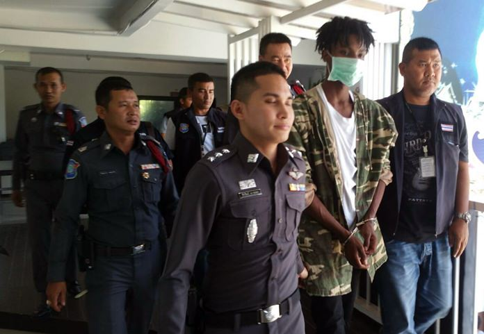 Police arrested Australian Oliver Niyonsaba for allegedly stealing a purse from a woman on Walking Street.
