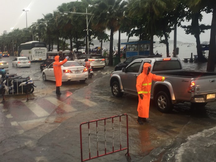 Pattaya police were asking for patience after only 80 officers were available to assist motorists during heavy storm flooding.