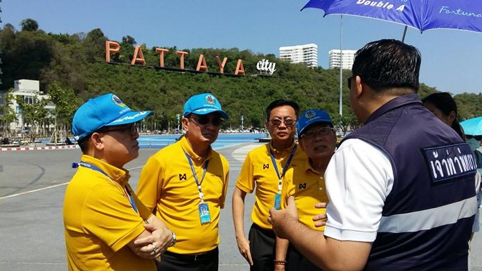 Pattaya City Council Chairman Anan Ankanawisan toured Bali Hai's floating speedboat docks with Marine Department Director Eakaraj Kantaro and municipal police chief, Pol. Maj. Jirawat Sukontasap April 24.