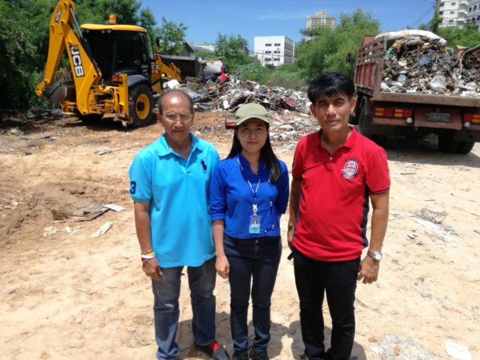 (l-r) Amuay Muangthong, acting chair of Arunothai Community, Thapida Suikamhai, Sanitation Technical Officer, Pattaya City, and Jirawat Plukjai, chair of the Chumsai Community were instrumental in getting Pattaya City authorities to do a big clean-up of their communities.