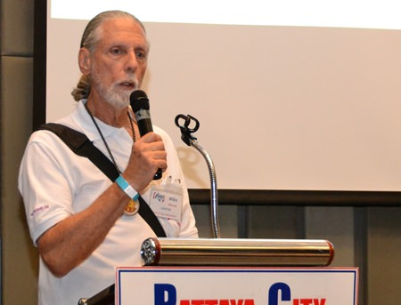 Member Mike Warner conducts the Open Forum where expats asked questions or made comments about Expat Living in Thailand.