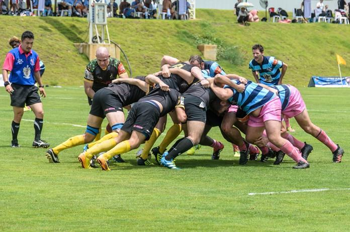 Scrumdown – the Panthers front up to the Southerners.