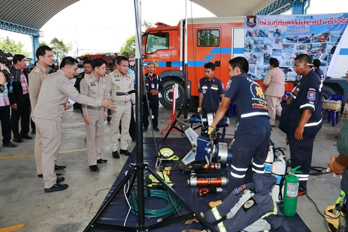 Emergency personnel in Chonburi were given readiness training in firefighting techniques, first aid and caring for the injured.