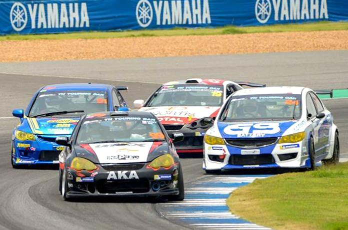Tony Percy (front left) steers his Honda Integra DC5 through a corner at the Chang International Circuit during the Thailand Super Series event, Saturday, June 2 in Buriram. (Photo courtesy Thailand Super Series)