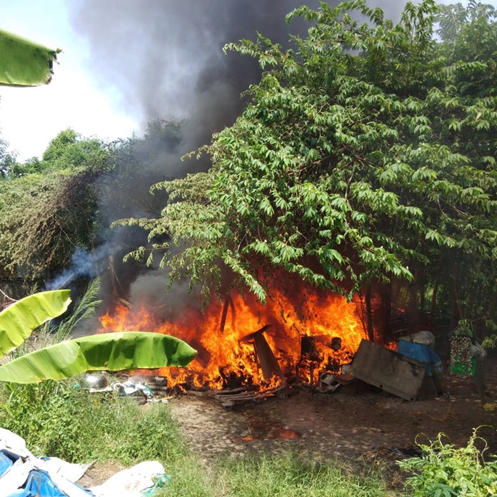 Neighbors and police came to the aid of Sompong Thathom and his wife who lost everything when their shack burned down in the South Pattaya woods.