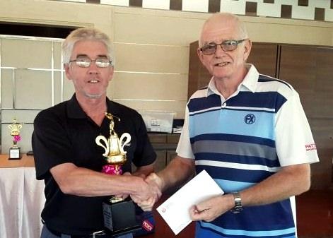 John Harrison (left) was the winner in B Flight.