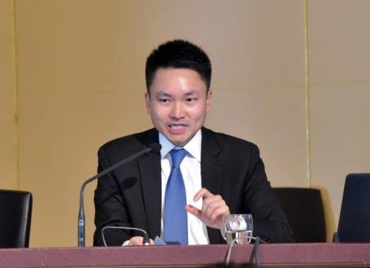 Advisor to the Prime Minister's Office, Natporn Jatusripitak.