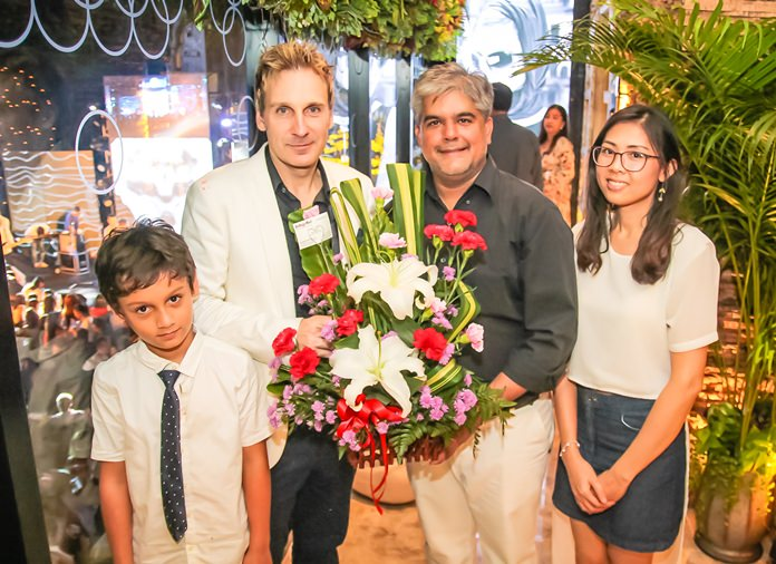 Winston Gale receives good wishes from Tony Malhotra, Director of Business Development together with Nutsara Duangsri, Sales & Marketing Manager of Pattaya Mail.