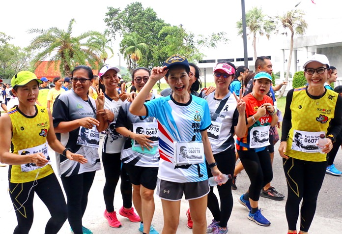 Runners turned out in large numbers to support the charity cause in Sattahip.