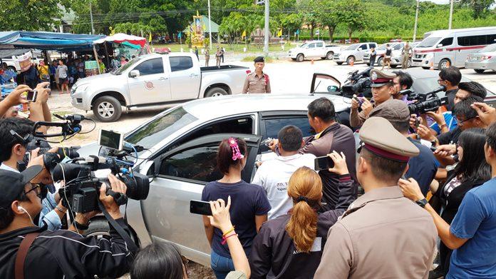Perpetrators reenact the murderous scene at Khao Cheechan that left two teens dead.