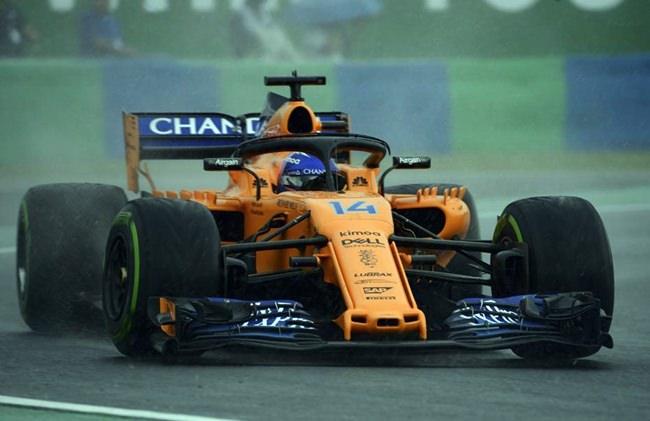 Spanish driver steers his McLaren F1 car at the Hungarian Grand Prix, July 28, 2018. (Zoltan Balogh/MTI via AP)
