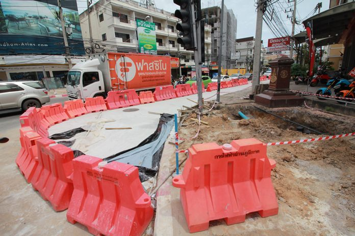 Work to submerge power and utility cables along North Road will be completed in December, Pattaya officials said.