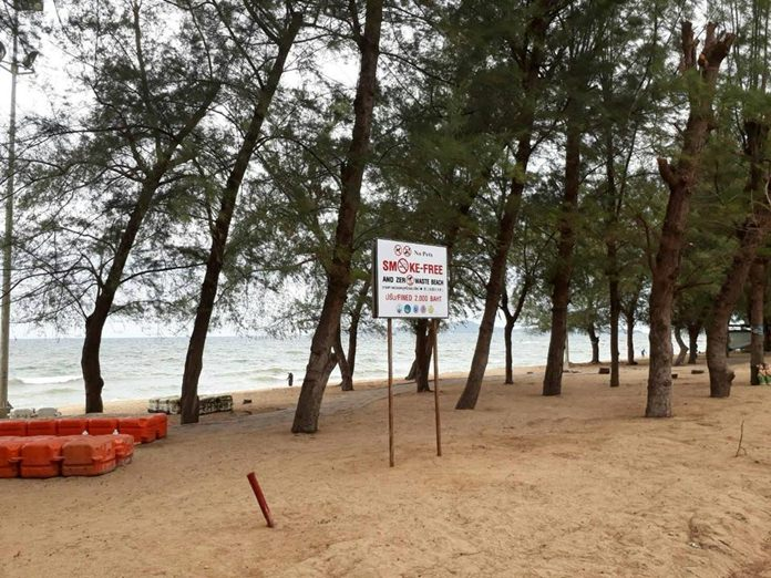 Pattaya is increasing signage and public relations to salvage its smoking ban on Dongtan Beach.