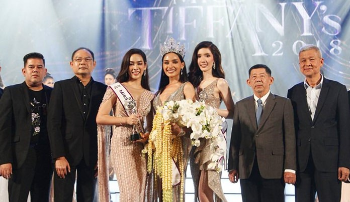 "Rajabhat University student Kanwara ""Esmon"" Kaewcheen was crowned Miss Tiffany Universe."