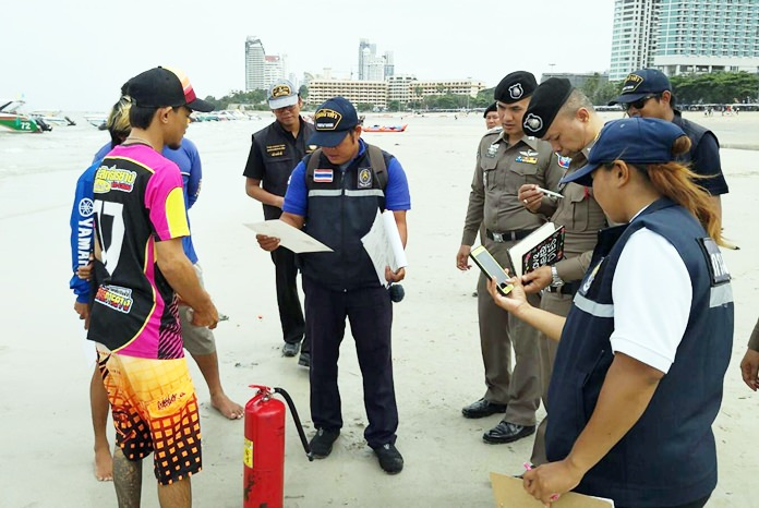 Tourist Police commander Pol. Lt. Col. Piyapong Ensarn and Marine Department officials inspected 14 speedboats and a parasailing boat Sept. 11.