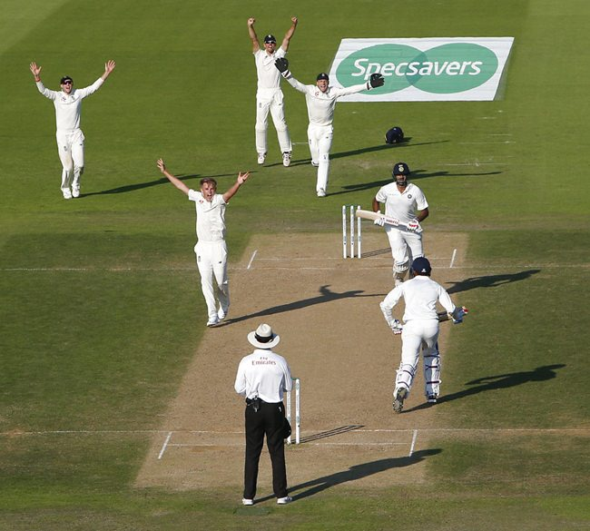England's Sam Curran celebrates taking the final Indian wicket pf India's Ravichandran Ashwin as England win the 4th test match by 60 runs during play on the fourth day of the 4th cricket test match between England and India at the Ageas Bowl in Southampton, England, Sunday, Sept. 2, 2018. England and India are playing a 5 test series. (AP Photo/Alastair Grant)