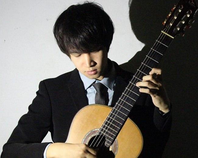 Chanachat Leekrajangsang - last year's competition winner.
