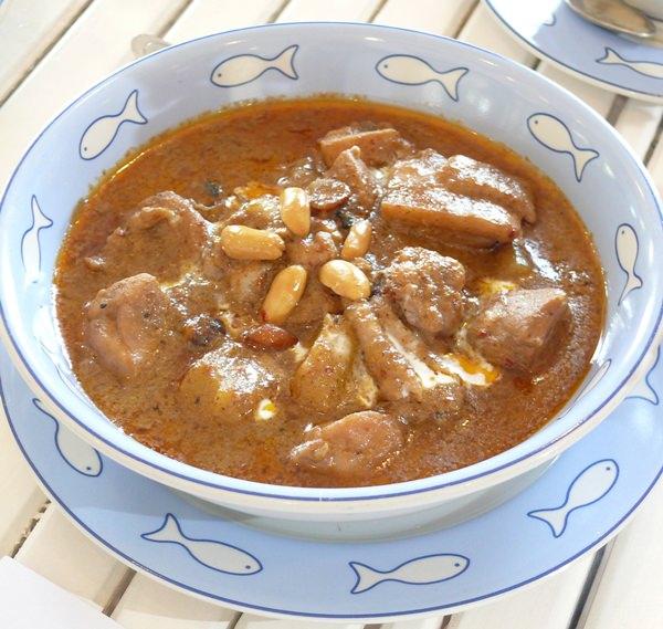 Southern chicken masaman.