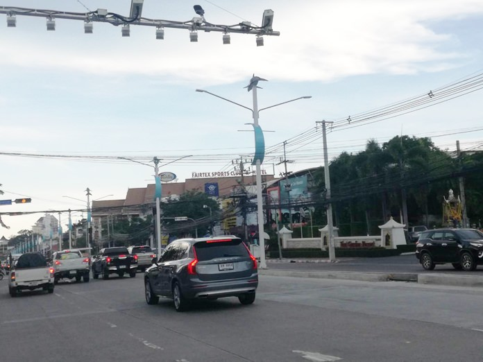 If the underground electricity wiring project is successful, North Pattaya Road will be the second road in Pattaya having no electric posts. The first being Pattaya Beach Road.