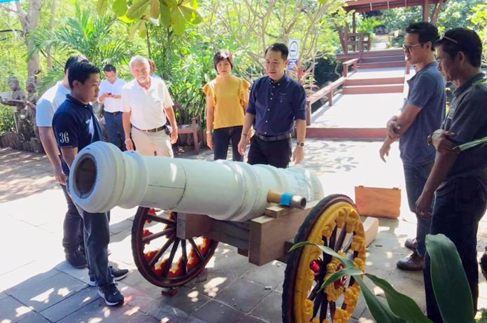 The event will carry a portrait of the fabled king along with seven cannons by water and land from Chantaburi to Pattaya.