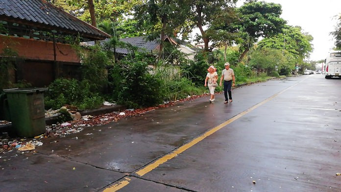 No street shows how badly Pattaya is coping with its growing mountain of garbage than Naklua Soi 18/1.