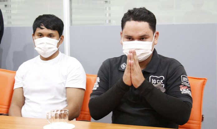 Pattaya City Hall employees Visanu Ketmuenwai and Krirkchai Khanthawong have been fired for impersonating an officer after two Chinese tourists accused them of pocketing a fine they levied for littering.