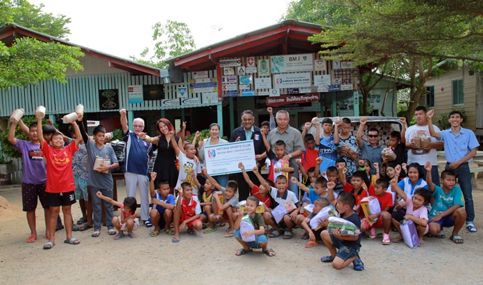 The Pattaya Sports Club donated 57,825 baht worth of school uniforms and mushroom spawns to the Anti-Human Trafficking and Child Abuse Center.