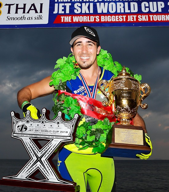 USA's Mark Gomez was crowned world champion in the Pro Freestyle class. (Photo/Naratip Golf Srisupab/SEALs Sports Images)