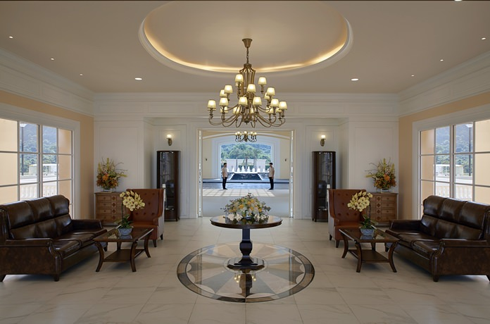The stunning entrance area leaves a lasting impression.