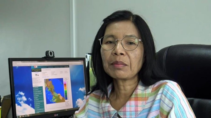 Director of the South East Meteorological Center, Payao Muangngam.