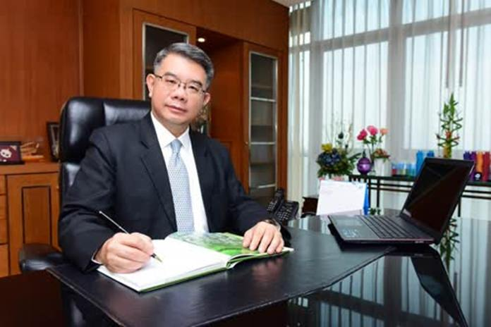 Director-General of the Department of Foreign Trade, Adul Chotinisakorn.