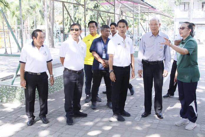 Deputy mayors Pattana Boonsawat and Banlue Kullavanijaya toured Pattaya schools 1 and 3 where restrooms and landscaping will be upgraded under a city renovation project.