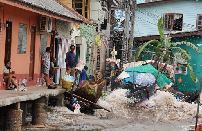 The eye of Tropical Storm Pabuk may have hit 900 kilometers away, but the Eastern Seaboard still felt its effects in the form of a storm surge that damaged homes, property and boats.