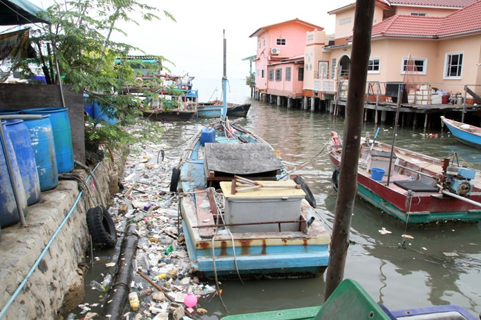 Waves of garbage washed up on shorelines from Jomtien to Bali Hai Pier to Naklua as five-meter swells across the Gulf of Thailand churned up the ring of plastic encircling Thailand.