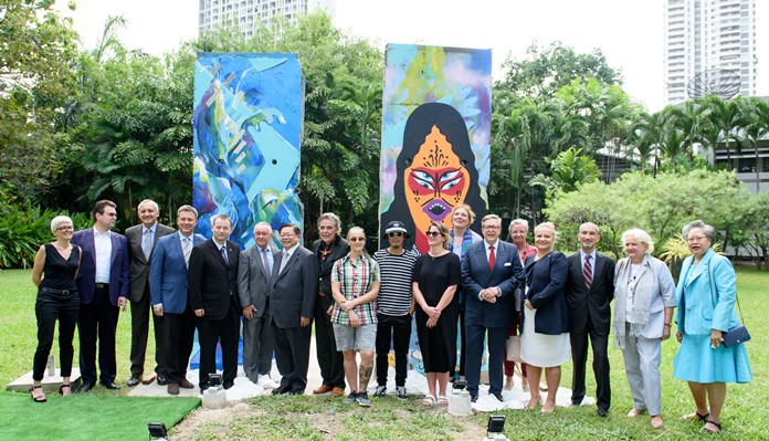 The Diplomatic corps in Bangkok came in large numbers to witness the historic event.