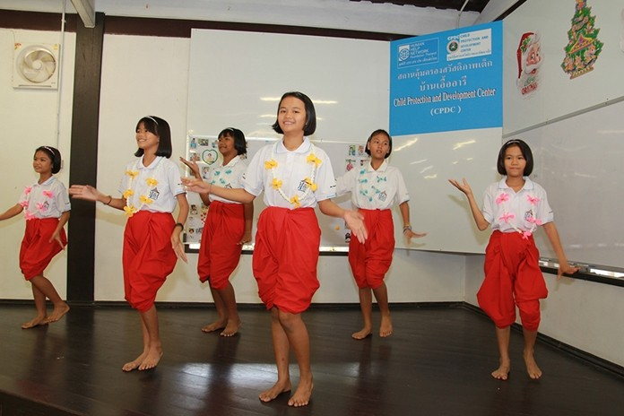 Children under the care of Ban Auaree perform a heartwarming traditional Thai dance.