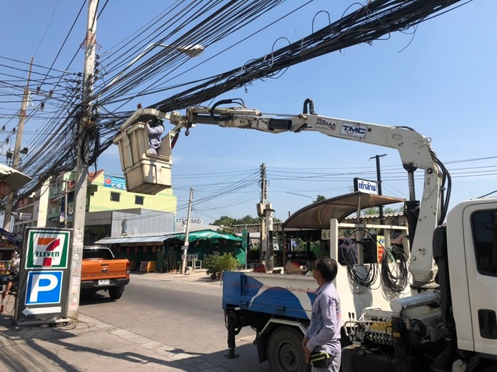 Pattaya tidied up utility wires on Soi Khopai.