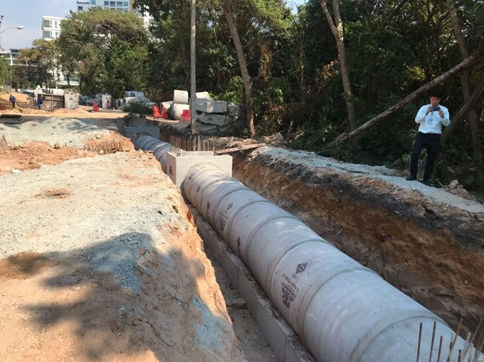 A massive drainage-system project underway on Pratamnak Hill will continue to inconvenience residents and motorists for another year.