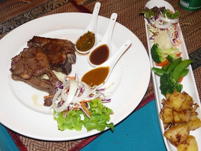 No complaints - the roasted lamb and potatoes on the side were Delicious.