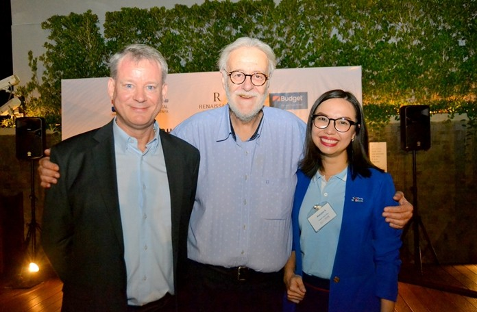 BCCT's Vice Chairman Andrew McBean and Chairman Chris Thatcher pose with Tanya Wallapha from Bangkok Hospital Pattaya.