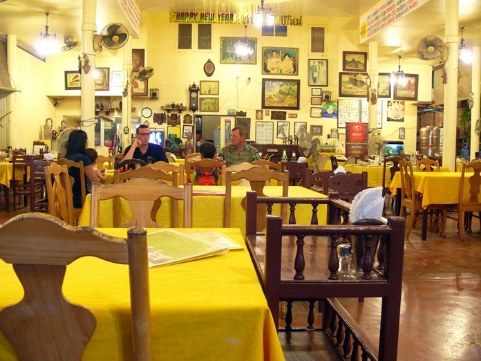 The restaurant is very large, with seating for at least 200.