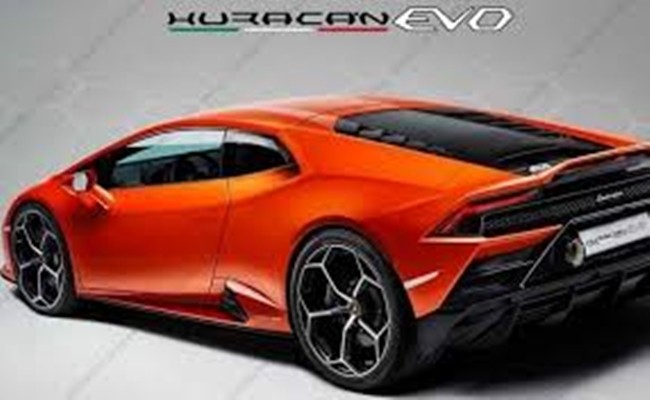 The new Huracan EVO.