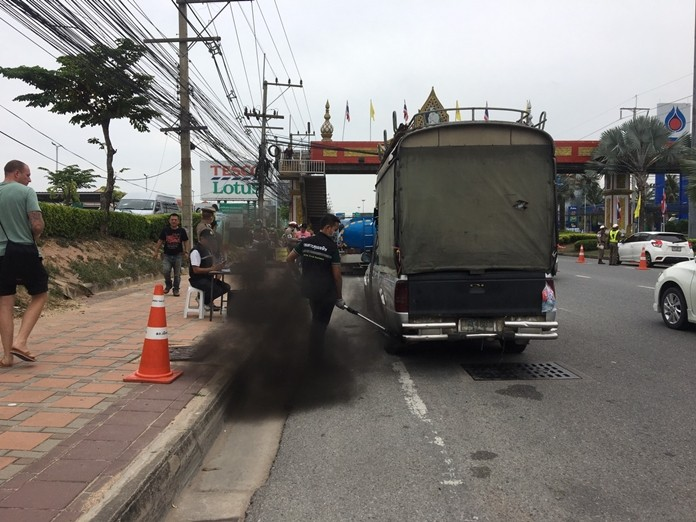 Traffic police targeted smoke-belching vehicles at a Sukhumvit Road checkpoint in South Pattaya.