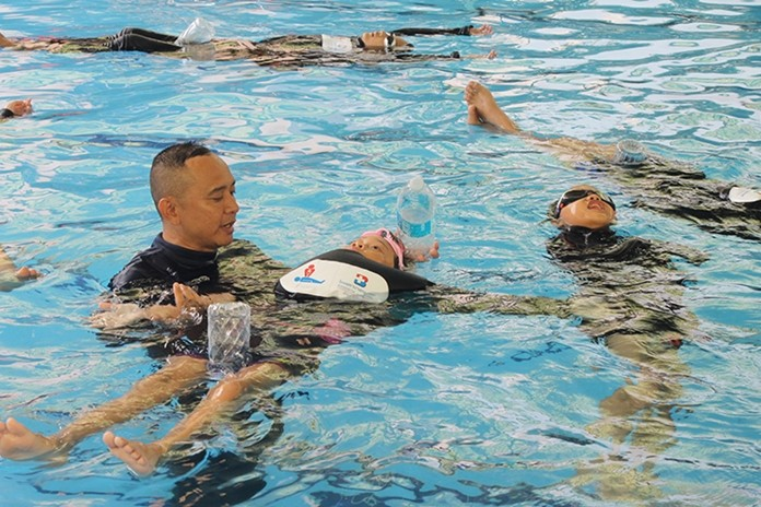 Bangkok Hospital Pattaya hosted its safe-swimming clinic for the sixth year to keep youngsters safe during their school holiday.