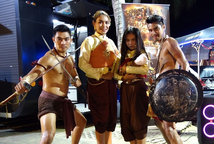 Ancient Thai fighters pose with a lady in Ayutthaya period costume and the legendary ghost Mae Nak.