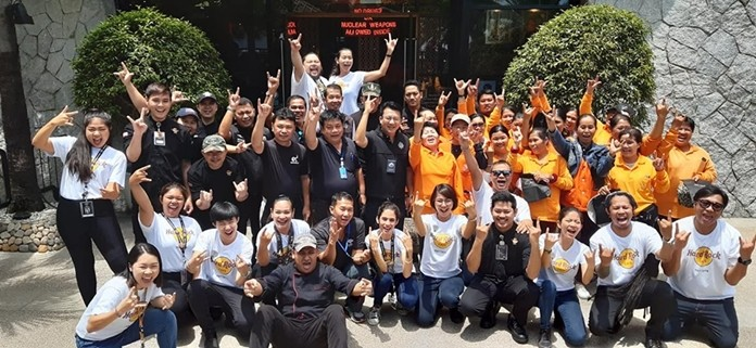 The Hard Rock Hotel celebrated its 48th Founders Day by offering Pattaya civil servants a free lunch.